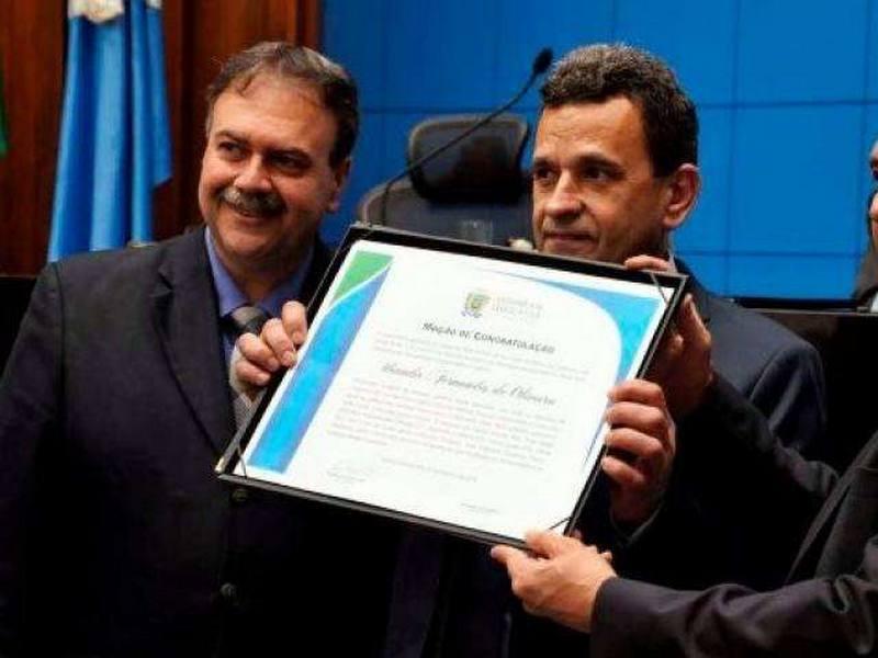 Urandir Fernandes de Oliveira durante homenagem em Campo Grande
